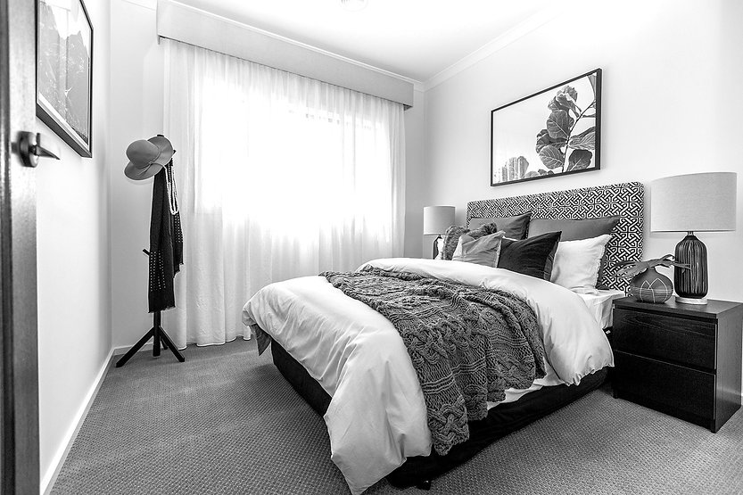 Bed%202%20-%20nhs-thornhill-130_edited.jpg