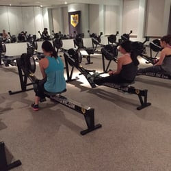 ROWING BECOMES THE NEW SPINNING FOR EXERCISE TEAM-BUILDING