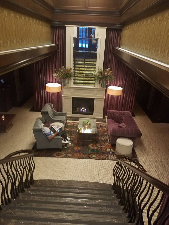 Walker Hotel 01