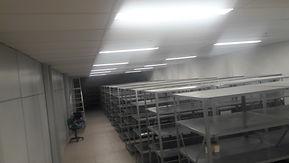StockEmpresa de mudança Comercial RJ, com desmontagem e montagem de estantes.
