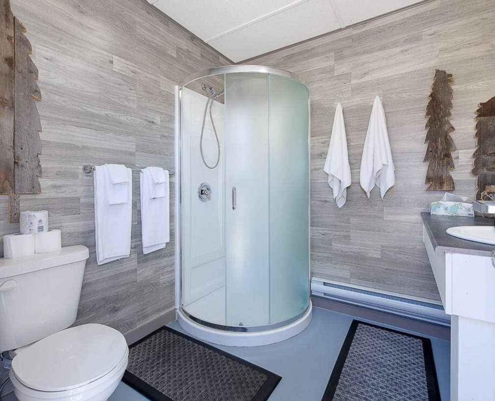 Prairie Trapper Cabin Bathroom.jpg