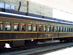 train-002.jpg