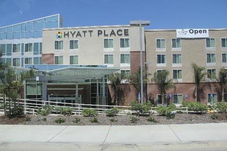Hyatt Place Vista