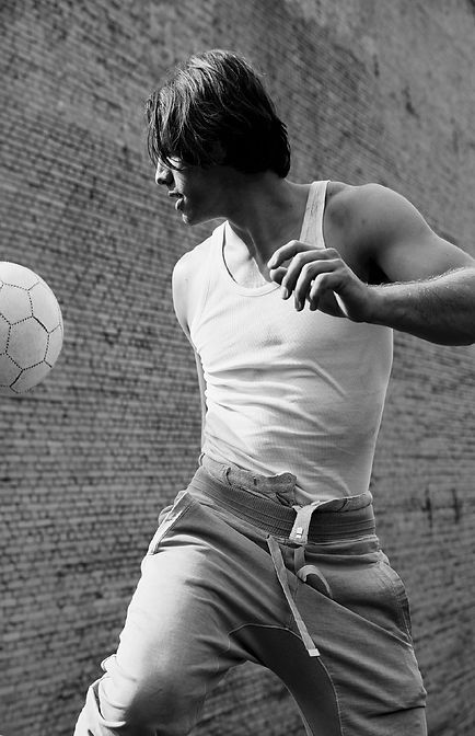 Yann Sommer playing soccer in action. Black and white. Model and Footballer, Soccerplayer, Goalkeeper.