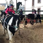 loisirs pendant les vacances pour les enfants à partir de 6 ans 3 heures avec les poneys