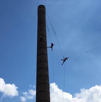 vertical-wall-dance-marc-van-laere-toren