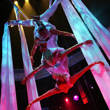 Acrobatic Aerial Silk