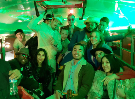 5 Things That Will Happen to You on a Party Bus Crawl