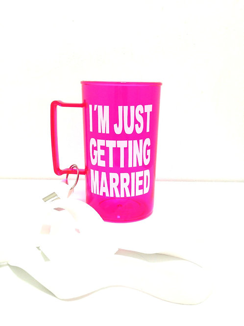 Caneca rosa I´m just getting married