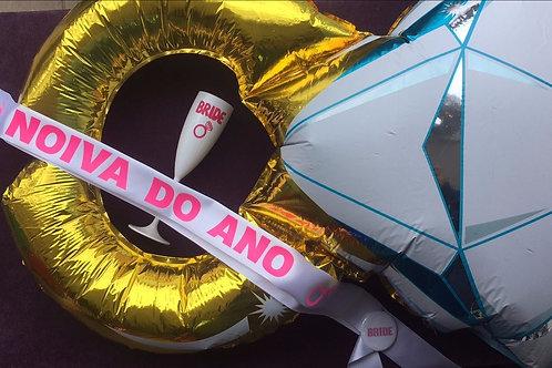 """Kit: 1 balão aliança + 1 taça de espumante Bride + 1 faixa """"Noiva do Ano"""""""