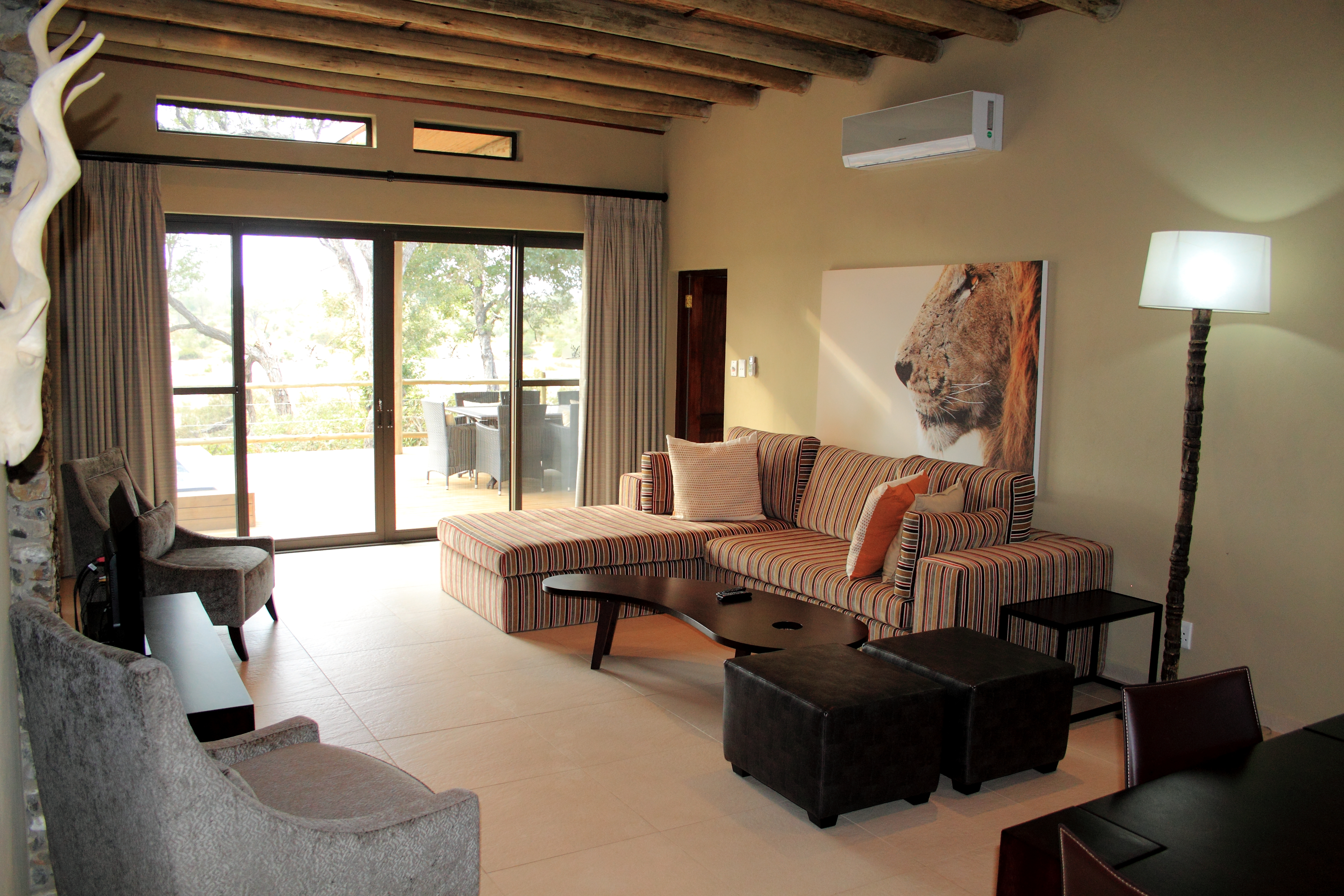 Mjejane Game Reserve - Lounge