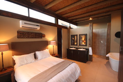 Mjejane Game Reserve - Bedroom