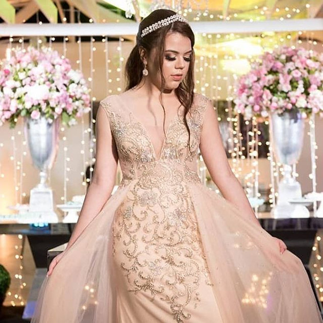 ❤A harmonia  de um vestido pode ser perc