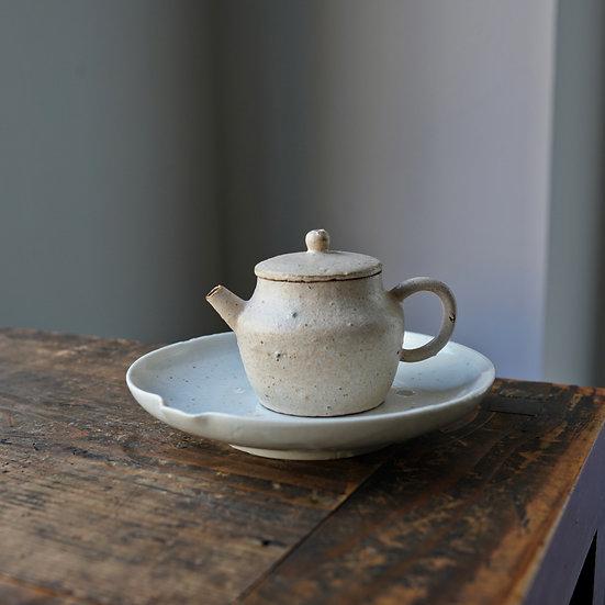 Teapot 07 by Baokun Sun | 孫宝坤 白釉茶壺07