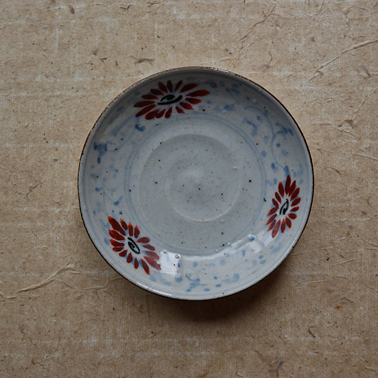 White porcelain dish (12cm) 06 by Tomoya Numata | 沼田智也 白磁四寸皿 06
