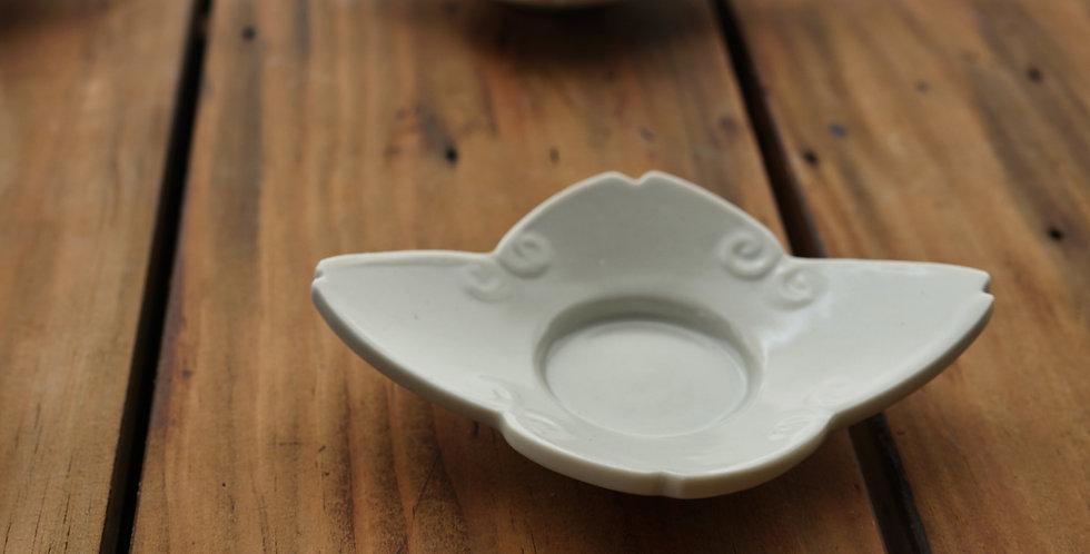 白瓷茶托(カニ) teacup saucer