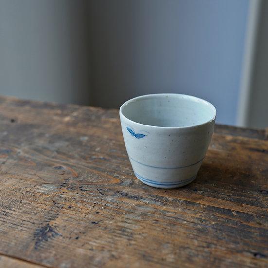 White porcelain cup 12 by Tomoya Numata | 沼田智也 白磁猪口12