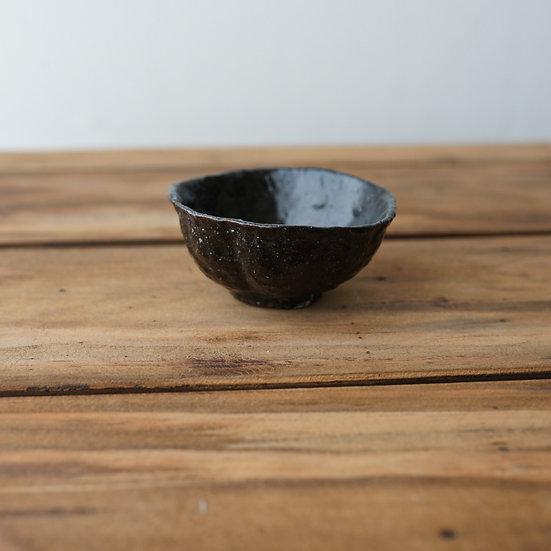 清水志郎  桂川石くるみ茶杯   Teacup by Shiro Shimizu