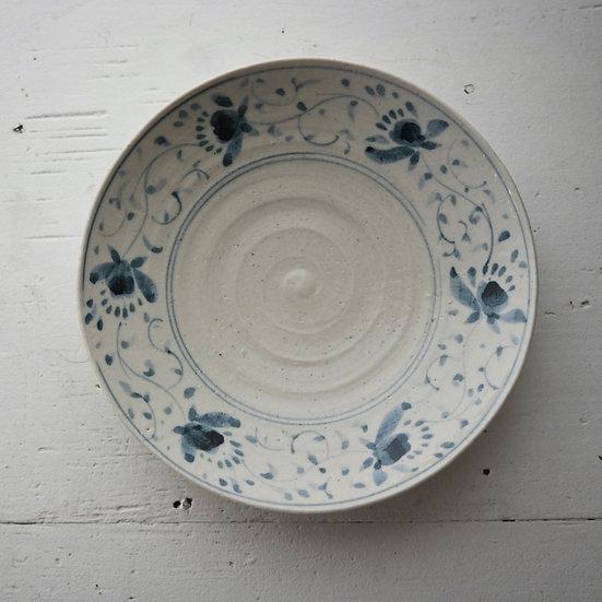 Blue and white porcelain plate | 沼田智也 染付6寸皿