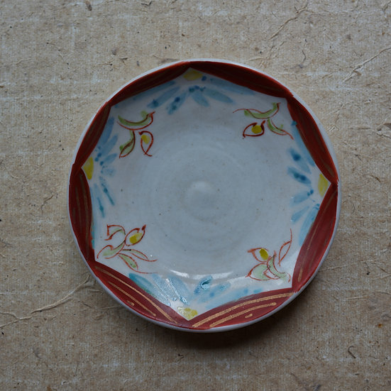 White porcelain dish (12cm) 08 by Tomoya Numata | 沼田智也 白磁四寸皿 08