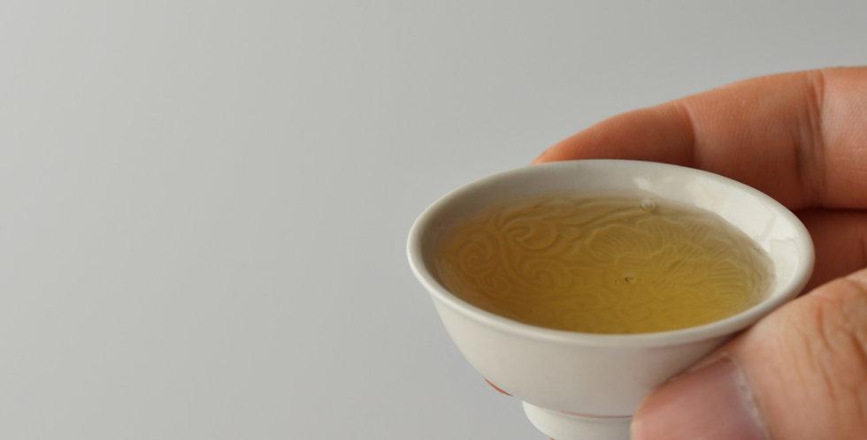 白瓷印花豆茶杯(ロ) teacup