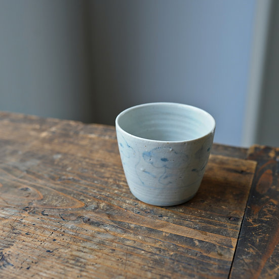 White porcelain cup 10 by Tomoya Numata | 沼田智也 白磁猪口10