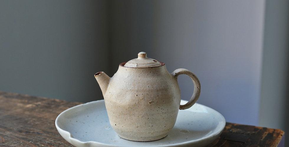 Teapot 09 by Baokun Sun | 孫宝坤 白釉茶壺09
