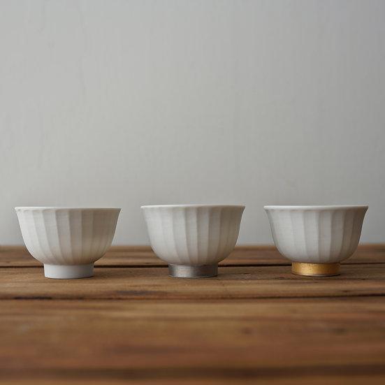 小林千恵 白磁茶杯 | White porcelain teacup by Chie Kobayashi