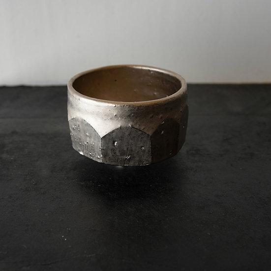 Faceted platinum chawan 03 by Matthias Kaiser   マティアス カイザー プラチナ彩面取り茶碗03