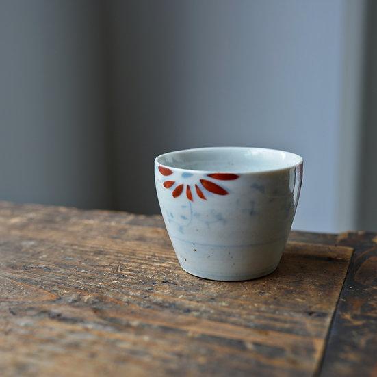 White porcelain cup 08 by Tomoya Numata | 沼田智也 白磁猪口 08