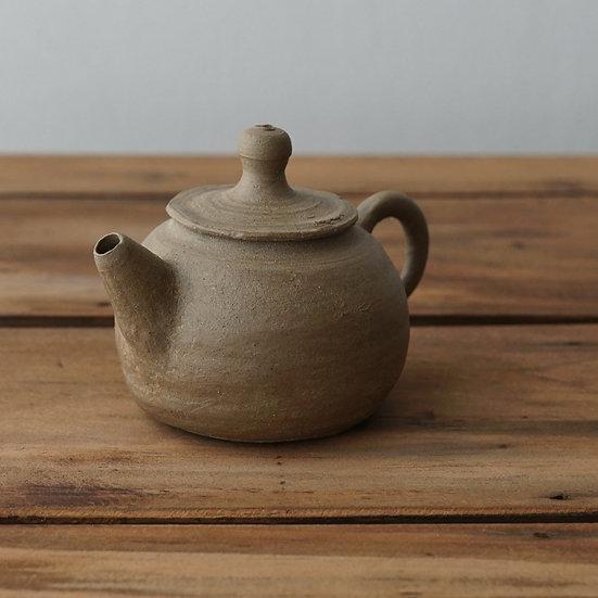 清水志郎  馬町土茶壺(中性) | Umamachi clay teapot(neutral atmosphere) by Shiro Shimizu