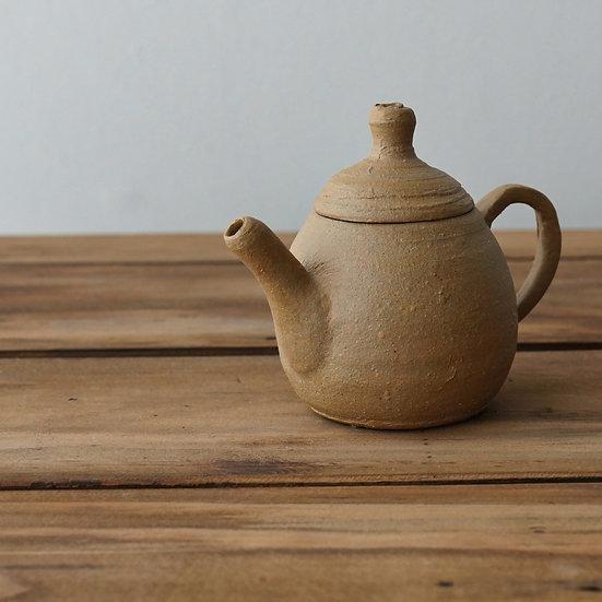 清水志郎  馬町土茶壺(酸化) | Umamachi clay teapot (oxidation atmosphere) by Shiro Shimizu