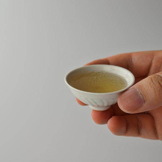 白瓷印花豆茶杯(イB) teacup