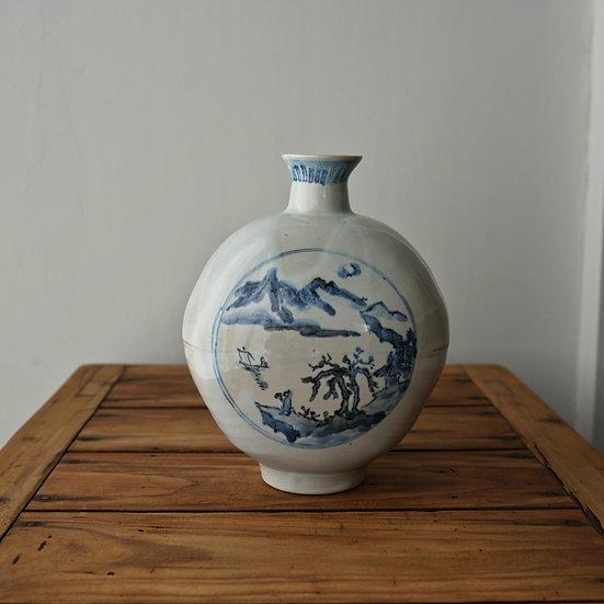 白瓷青画扁壺 vase