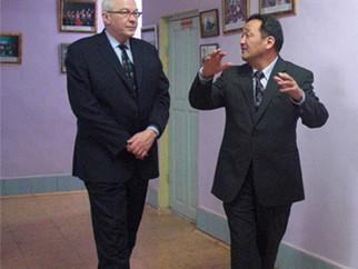 ACBSP-Олон Улсын Магадлангийн ерөнхий захирал ноён Douglas Viehland манай сургуульд айлчиллаа