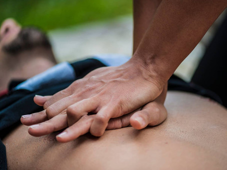RESTART A HEART DAY: HOW TO PERFORM CPR IF SOMEONE IS UNRESPONSIVE AND NOT BREATHING