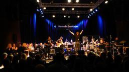 Musikkorps i rocka medvind