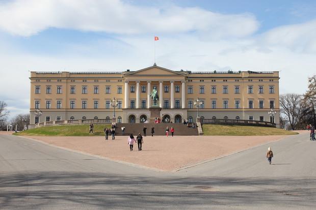 Det kongelige slott - 17. mai - Romsås Janitsjar