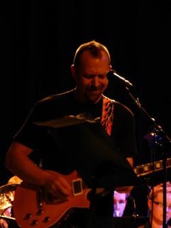 En av RJs gitarister