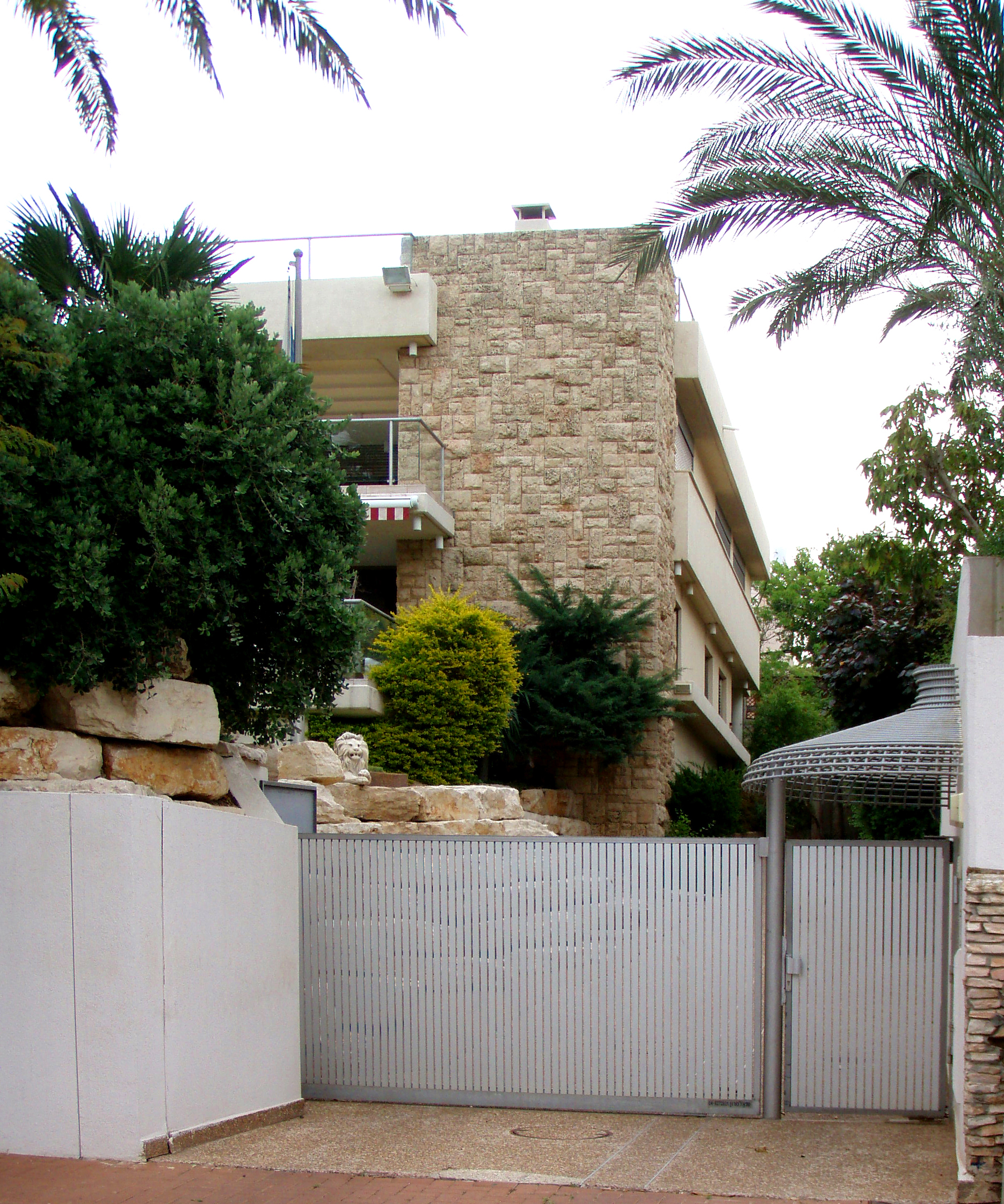 contractor private homes israel