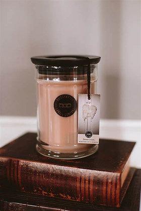 8.8 oz Sweet Grace Candle