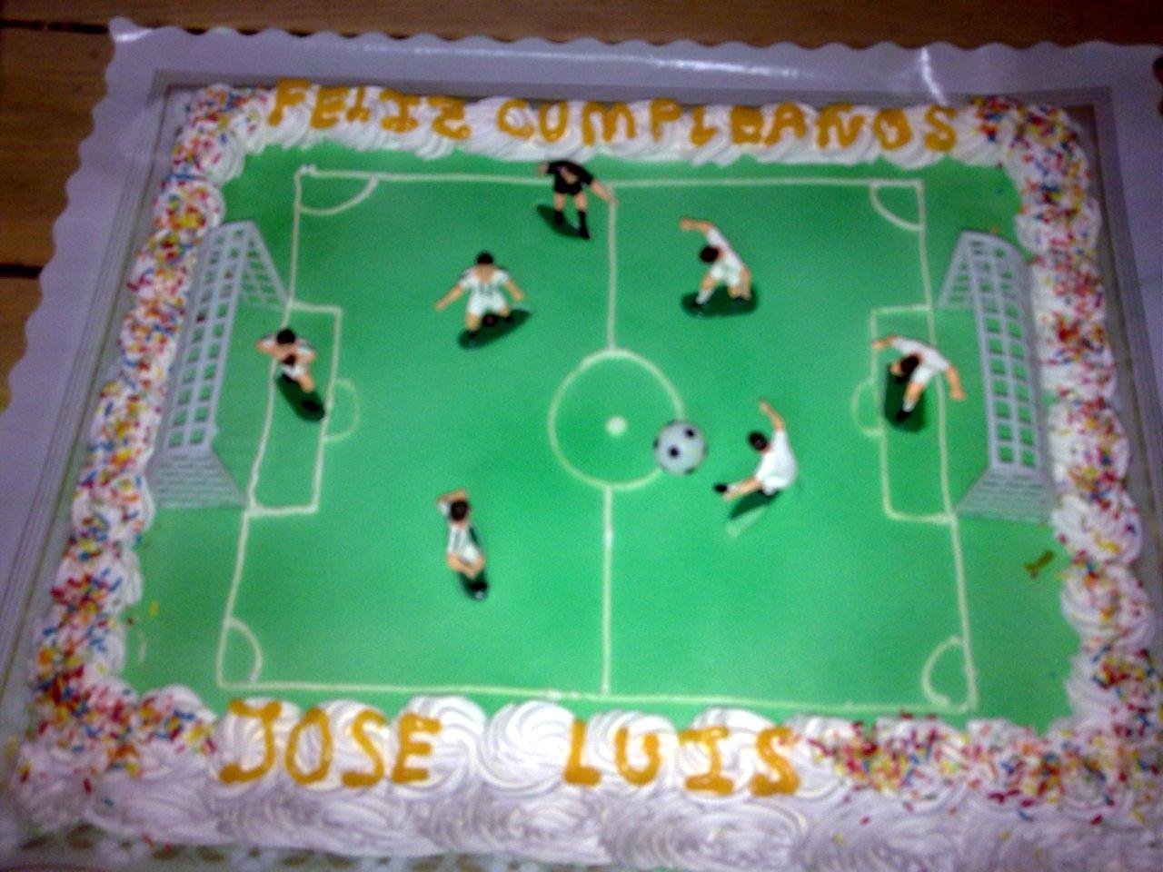 tarta cuadrada de futbol.