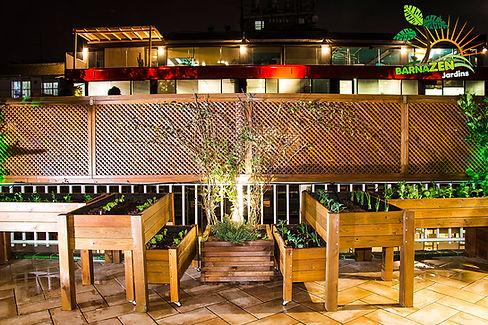 Huerto Urbano, jardineras de madera, jardineria barcelona.