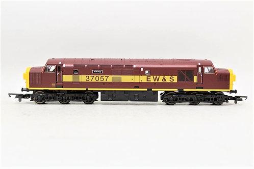 Lima L204613 Diesel Locomotive EWS Class 37057 OO Gauge 1/76 S1