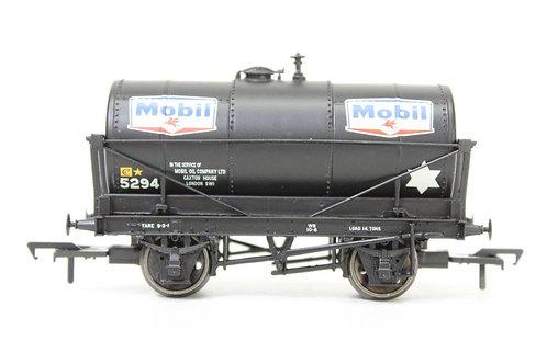 Bachmann 37-675A 14T Oil Tank 'Mobil' Wagon N15