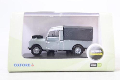 "Oxford Land Rover 'RUC' 109"" Canvas Top U8"