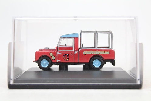 "Oxford Chipperfield Circus Land Rover 109"" Series 1 M14"