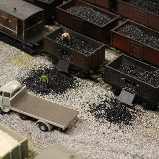 1mm fine coal scene (2).jpg