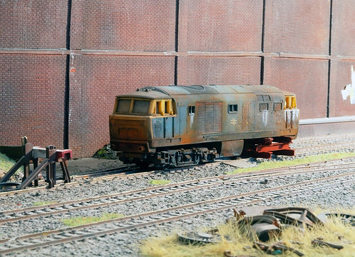Scrap Hymek Diesel Locomotive (Q14)