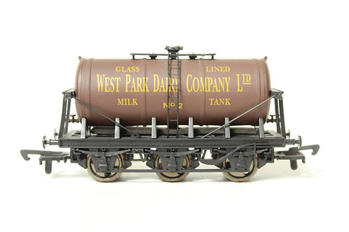 Dapol B644 'West Park Dairy Company' 6 Wheel Milk Tanker Wagon T